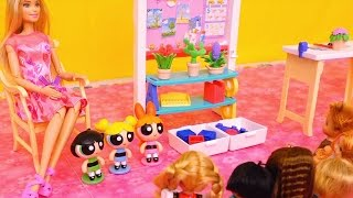 getlinkyoutube.com-Powerpuff Girls Go to Barbie School & Buttercup Wants to Be Like Bubbles - Stories With Dolls & Toys