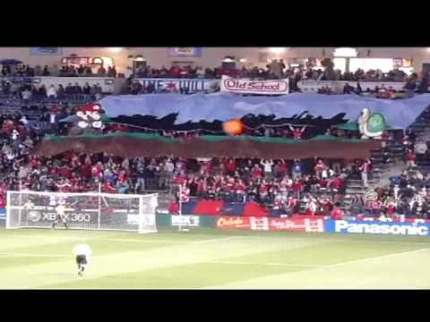 Section 8 Chicago - Mario Bros. Tifo Display - 9.25.2010