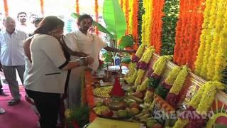 getlinkyoutube.com-Namitha Latest Telugu Movie Opening | Telugu Film News | Ramana Mogili