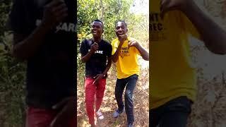 Jamaa wamfunika lava lava video bola tuachane width=