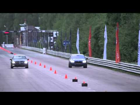 Mercedes C63 AMG  vs BMW M5 F10 (Drag Race)