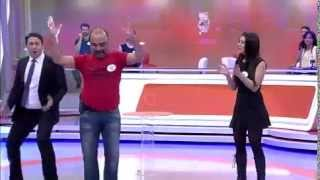 getlinkyoutube.com-Ben Bilmem Eşim Bilir Ünlüler - Kıvır Kıvır 06.04.2015