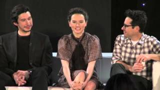 """getlinkyoutube.com-Daisy Ridley sings """"iconic"""" song from Mulan at Star Wars press event"""