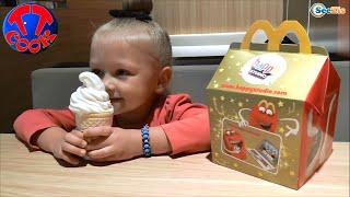 getlinkyoutube.com-✔ Кукла Барби. Игрушки Хэппи Мил из МакДональдса с Ярославой / Happy Meal McDonald's Barbie