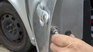 getlinkyoutube.com-How to change your door lock in the Jetta