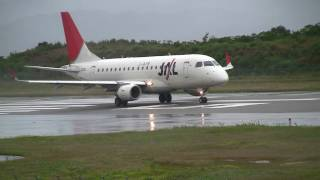 getlinkyoutube.com-JAL Embraer ERJ-170 Crosswind Take off /  雨横風離陸シーン 南紀白浜