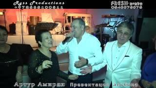 getlinkyoutube.com-Еврейка и Армянин красиво поют