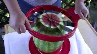 getlinkyoutube.com-Gourmet Watermelon Slicer with Tomodachi Gadget