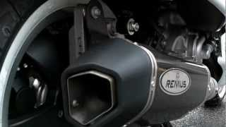 getlinkyoutube.com-Vespa GTS 300 Super with Remus Carbon Slip-on can fitted.( No DB Killer)