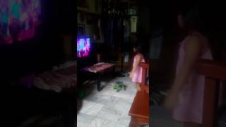 getlinkyoutube.com-Megan's short clip of Hi-5 dance
