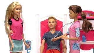 getlinkyoutube.com-Barbie ve Ken Hastaneye Gidiyor!