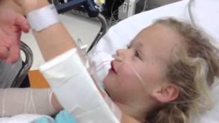 getlinkyoutube.com-Little 6year old kid comes off anesthesia it's hilarious