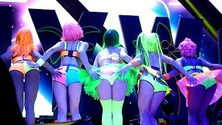 getlinkyoutube.com-Katy Perry - California Gurls (Live - Phones 4u Arena, Manchester, UK, May 2014) California Girls