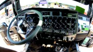 getlinkyoutube.com-The Lead Sled Show Truck in Action - 2006 Kenworth W9b Big Rig