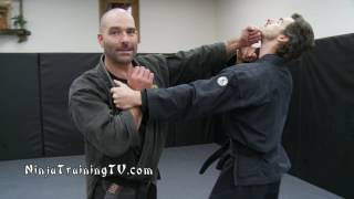 getlinkyoutube.com-Ura Oni Kudaki- Ninjutsu Demon Crusher- Practical Combat Martisl Arts for Bujinkan Ninjutsu