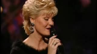 getlinkyoutube.com-Glen & Debby Campbell Live in Concert in Sioux Falls (2001) - Little Green Apples