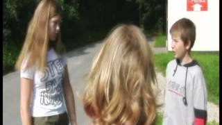 getlinkyoutube.com-UFO abducts children (German film)