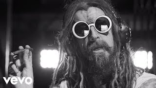 getlinkyoutube.com-Rob Zombie - Dead City Radio And The New Gods Of Supertown