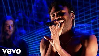 Childish Gambino - Redbone (Live From The Tonight Show Starring Jimmy Fallon) width=