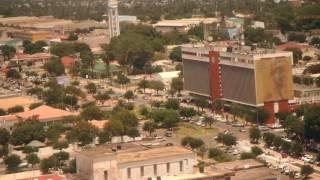 Moçambique - Aterragem em Nampula - Embraer 145 - Hotel Girassol