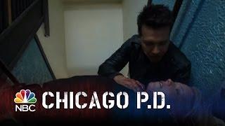 getlinkyoutube.com-Surprise Attack - Chicago PD