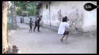 Video Lucu Pura Pura Tertembak