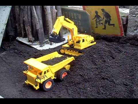 RC Excavator Digger and Dumper