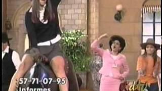 getlinkyoutube.com-Iran Castillo enseña sus Calzones