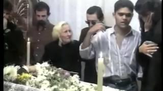 getlinkyoutube.com-Brazil pranks - scaring cabbie in passenger funeral.