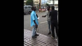 getlinkyoutube.com-Two mad men war for phone in Jamaica
