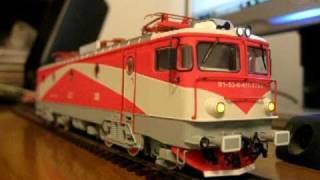 getlinkyoutube.com-My new HO model Romanian electric locomotive class 477-773-2!