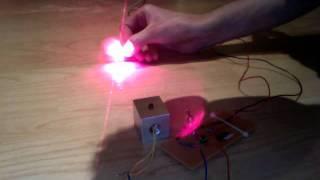 getlinkyoutube.com-USB red laser from DVD 20x burner - first test