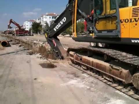 Paletli Ekskavatör kanal kazı çalışmaları