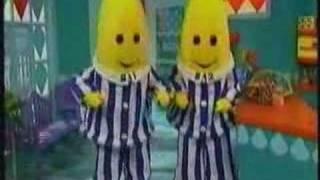 getlinkyoutube.com-Bananas de Pijamas - O Rato de Boné
