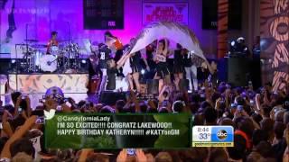 getlinkyoutube.com-Katy Perry - Walking On Air (Live GMA)