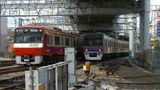 平日朝の京成高砂駅(高砂第二踏切)2