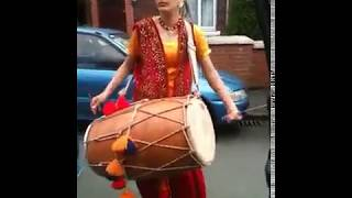 getlinkyoutube.com-Best dhol player in the world............!!!Must watch