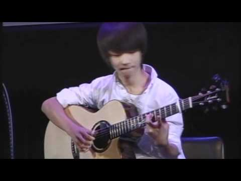 Tommy Emmanuel, Andy McKee and Sungha Jung - Ebon Coast