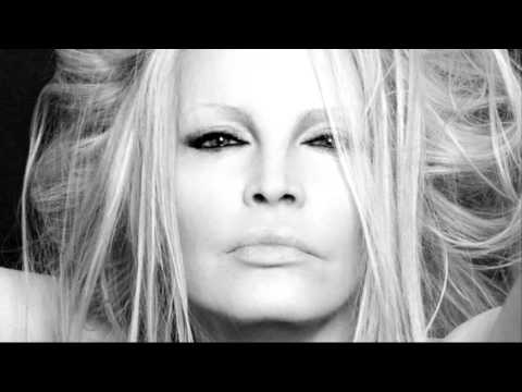 Videos Related To 'patty Pravo - Pensiero Stupendo'
