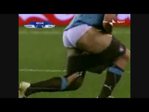 Gattuso rimane in mutande durante Italia-Egitto 18/06/09 Confederations Cup