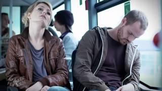 getlinkyoutube.com-Unangenehmer Bus-Nachbar - Knallerfrauen mit Martina Hill