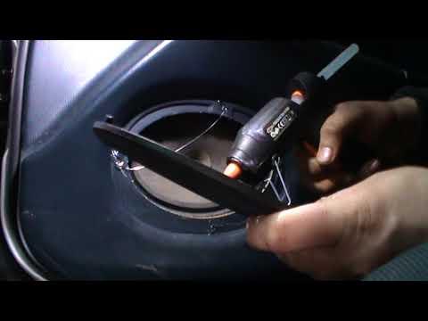 МАЗДА 323Ф как приклеить сеточку не снимая обшивки двери