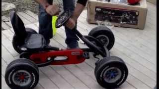 getlinkyoutube.com-Coche a pedales Ferrari Buddy Ferrari F1