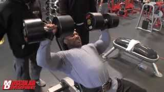 getlinkyoutube.com-DEXTER JACKSON TRAINING CHEST ARNOLD CLASSIC 2012
