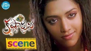 Mamta Mohandas And Manchu Vishnu Love Scene - Krishnarjuna Movie
