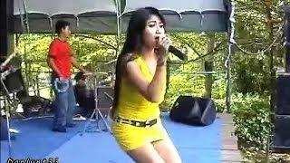 getlinkyoutube.com-Reza Lawang Sewu - Tega - Dangdut Koplo Kenangan Terbaru