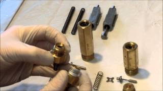 getlinkyoutube.com-PCP Airgun: Walther Dominator 1250 - Differences 7,5 / 28 J Valve, spring guide, springs and hammer