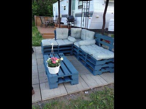 Come costruire un divano angolare con i pallet fai da te mania - Costruire divano con pallet ...