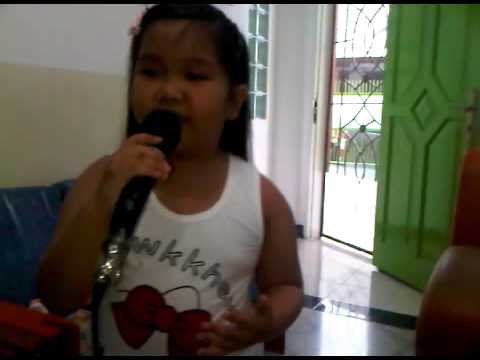 6 years old girl SHANTI sing JUST GIVE ME A REASON