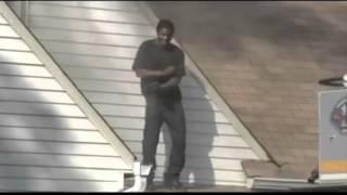 getlinkyoutube.com-Man High Dances on Burning Roof on News